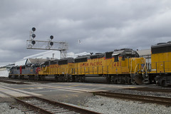 UP 1401 (imartin92) Tags: emeryville california unionpacific railroad railway freight train ssw stlouissouthwestern southernpacific emd gp60 gp402 locomotive
