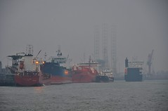 Vopak Vlaardingen (Hugo Sluimer) Tags: vlaardingen portofrotterdam port haven havenvlaardingen onzehaven nlrtm nl nederland zuidholland holland