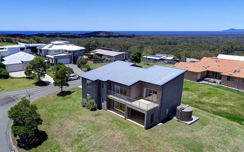 2 Lake View Wy, Tallwoods Village NSW 2430