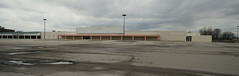 Former Kmart - Fort Wayne (S Anthony) (Nicholas Eckhart) Tags: america us usa fortwayne indiana in 2018 retail stores empty former closed kmart vacant