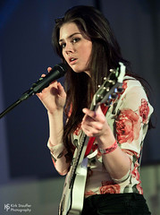 Elise Trouw @ SXSW 2018 (Kirk Stauffer) Tags: kirk stauffer photographer nikon d5 adorable amazing attractive awesome beautiful beauty charming cute darling fabulous feminine glamour glamorous goddess gorgeous lovable lovely perfect petite precious pretty siren stunning sweet wonderful young female girl lady woman women live music tour concert show gig song singer songwriter vocals performer musician band lights indie long brown hair brunette teen red lips eyes white teeth model tall fashion style portrait photo smile smiling playing electric guitar bass drums piano
