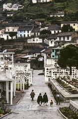 Paseo, Cemetery, Quito, Ecuador (Marcelo  Montecino) Tags: paseo cemetery quito ecuador
