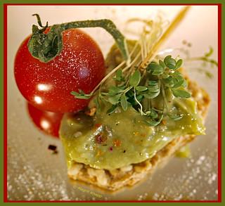Avocadocreme an Tomate, lecker HMM!