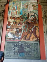 Farmers of the Huastec culture work in the land while women process the corn. (yaotl_altan) Tags: diegorivera mural wallpainting murale peinturemurale wandbild фреска palacionacional nationalpalace palazzonazionale nationalerpalast palácionacional palaunacional palaisnational национальныйдворец cdmx mexicocity ciudaddeméxico mexique mexikostadt mexiko cidadedoméxico cittàdelmessico ciutatdemèxic ме́хико huasteca huastecos
