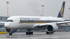 MXP - Singapore Airlines Airbus 350-900 9V-SMK (Eyal Zarrad) Tags: 9vsmk a359 airclippertour limc milano singaporeairlines aircraft airport aviation airline airlines aeroplane avion eyal zarrad airplane spotting avgeek spotter airliner airliners dslr flughafen planespotting plane transportation transport photography aeropuerto 2018 canon 7d mk2 jet jetliner mxp italy milan malpensa airside tour