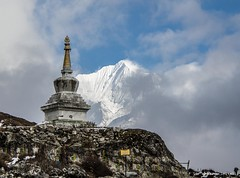 Stupa (marco.servalli92) Tags: stupa buddismo nepal trip highest himalaya pray monument monumento quota top amazing magic buddha mantra oriente mountain fascino sky blue cloud mistery