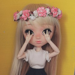 flower power!!! (efichu °) Tags: pureneemo efichu doll obitsu peanut poisongirl pullip