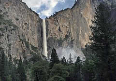 Bridalveil Fall / Yosemite National Park (Ron Wolf) Tags: earthscience geology geomorphology nationalpark sierra yosemitenationalpark yosemitevalley cliff creek glacialvalley hangingvalley landscape mist nature waterfall california