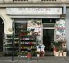 BLUMEN (Wolfgang Bazer) Tags: blumenladen flower shop mariahilf wien vienna österreich austria