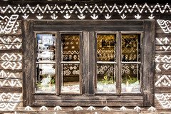 Window (mystero233) Tags: paint window lodge house wooden tradition white slovakia cicmany skanzen europe glass reflection wood