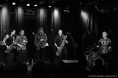 The Tiptons Sax Quartet & Drums (jazzfoto.at) Tags: wwwjazzfotoat wwwjazzitat jazzitsalzburg jazzitmusikclubsalzburg jazzitmusikclub jazzfoto jazzfotos jazzphoto jazzphotos markuslackinger jazzinsalzburg jazzclubsalzburg jazzkellersalzburg jazzclub jazzkeller jazzit2018 jazz jazzsalzburg jazzlive livejazz konzertfoto konzertfotos concertphoto liveinconcert stagephoto greatjazzvenue greatjazzvenue2018 downbeatgreatjazzvenue salzburg salisburgo salzbourg salzburgo austria autriche blitzlos ohneblitz noflash withoutflash concert konzert concerto concierto sw bw schwarzweiss blackandwhite blackwhite noirblanc bianconero biancoenero blancoynegro zwartwit sony sonyalpha sonyalpha77 alpha77 sonya77 pretoebranco