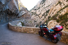 Gorges de Galamus (DOCESMAN) Tags: moto bike motor motorcycle motorrad motorcykel moottoripyörä motorkerékpár motocykel mototsikl honda nt700v ntv700 deauville docesman danidoces pyrenees gorguesdegalamus galamus gorges garganta desfiladero cañon congosto francia france