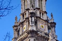 594 Paris en Février 2018 - Eglise de la Sainte-Trinité d'Estienne d'Orves (paspog) Tags: paris france 2018 février februar february église church kirche églisedelasaintetrinitédestiennedorves horloges clocks uhren