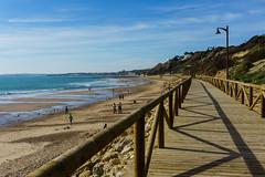PLAYA DE SANTA CATALINA (bacasr) Tags: agua mar beach promenade andalucía elpuertodesantamaría water costa playa coast cádiz paseo españa sea