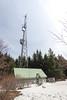 Radio tower (johnwporter) Tags: hiking snowshoe cascades mountains nationalforest mtbakersnoqualmienationalforest mcdonaldmountain 徒步 雪鞋行 喀斯喀特山脈 山 國家森林 貝克山史諾夸米國家森林 麥當勞山 labrador yellowlab 拉布拉多 黃拉不拉多