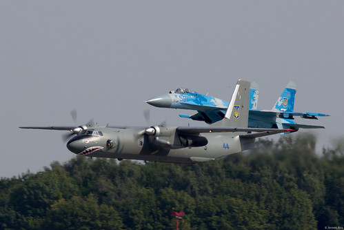 The Ukrainian Air Force demonstration team arriving for the Radom Air Show 2017. In front Antonov An-26 44 Blue and behind Sukhoi Su-27 58 Blue