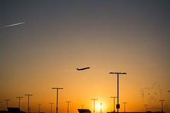 plane at sunset (Lakeside Annie) Tags: 04202018 2018 20180420 april20 cdia clt charlotte charlottedouglasinternationalairport charlottenc d7100 friday leannefzaras nikkor nikkor55300mmf4556 nikon nikond7100 northcarolina sarazphotography airport plane planespotting