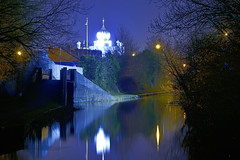 The Walsall Canal, Pleck, Walsall 06/01/2018 (Gary S. Crutchley) Tags: pagetts bridge queen street cemetery uk great britain england united kingdom urban town townscape walsall walsallflickr walsallweb black country blackcountry staffordshire staffs west midlands westmidlands nikon d800 history heritage local night shot nightshot nightphoto nightphotograph image nightimage nightscape time after dark long exposure evening travel slow shutter raw canal navigation cut inland waterway bcn