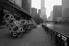 Play (ancientlives) Tags: chicago chicagoriver illinois il usa river clouds weather thursday march 2018 spring walking mono monochrome blackandwhite bw city cityscape skyline skyscrapers architecture buildings towers downtown