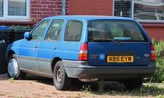 K85 EYW (Nivek.Old.Gold) Tags: 1993 ford escort 18i 16v lx estate dagenhammotors