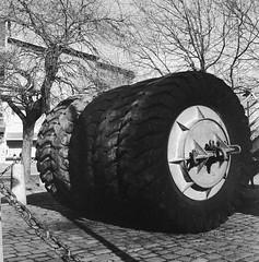 Wheels (rotabaga) Tags: sverige sweden svartvitt göteborg gothenburg blackandwhite bw bwfp lomo lomography lubitel166 fomapan diy mediumformat mellanformat 120