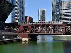Green River, Green Line (Robby Gragg) Tags: cta electric mu 2415 chicago