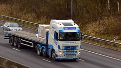 KR63 YXN (Martin's Online Photography) Tags: volvo freight fh4 truck wagon lorry vehicle haulage commercial transport flatbed ireland m62 j10 risley cheshire nikon nikond7200