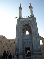 P9295377 (bartlebooth) Tags: yazd yazdprovince jamehmosque iran persia middleeast mosque masjid unesco tile blue iranian architecture mosaic olympus e510 evolt silkroad persian adobe minaret chadah chador