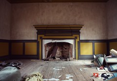 discarded (History Rambler) Tags: old abandoned antebellum plantation house home rural south history historic lost forgotten thosepaintcolors theyhaventchangedinover20years