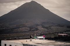The Volcano (Christian Sedlak) Tags: landschaft landscape personen people vulkan vulcan vulcano berg mountain cha das caldeiras mosteiros sao filipe kap cape cabo verde verden island insel krater