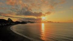 Rio de Janeiro - AMANHECER (sileneandrade10) Tags: sileneandrade rio riodejaneiro amanhecer sunrise sunset pôrdosol mar sol céu praia