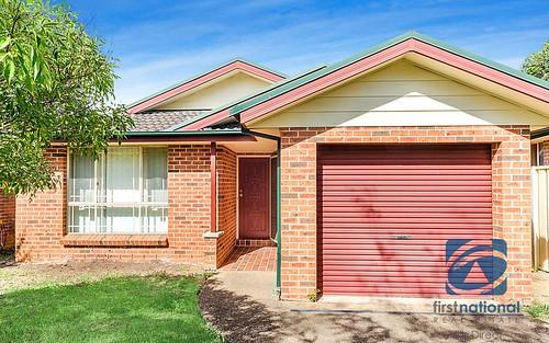 8 Palmetto Close, Stanhope Gardens NSW