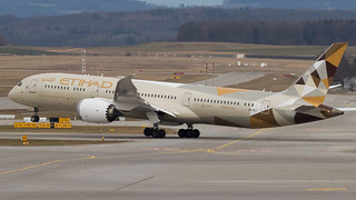 ZRH - Etihad Boeing 787-9 A6-BLI