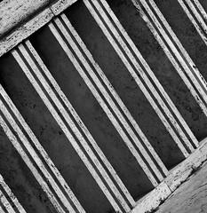Parapetto ponte Testaccio particolare bn (marratime) Tags: marratime vedodesign architecture square colors modernarchitecture
