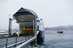 """Vågan"" og ""Rørstad"" (OlafHorsevik) Tags: vågan torghattennord thn ferge ferga ferry ferja ferje rv17 fv17 kystriksveien kilboghamn rørstad"