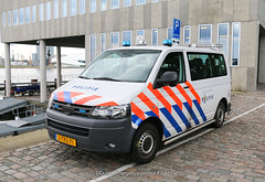 Dutch maritime police Volkswagen Transporter (Dutch emergency photos) Tags: dutch police politie policie polisie polici politi polisi policia polisia polis polizei volkswagen vw emergency vehicle van car auto bus vehicles nederlands nederlandse nedederland netherlands nederland 999 911 112 amsterdam hoofdstad capital transporter 5 t5 blue light blauw licht 4302 3tks71