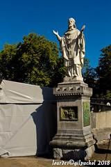 Lourdes 053-A (José María Gil Puchol) Tags: aquitaine basilique catholique cathédrale eau eaumiraculeuse fidèle france josémariagilpuchol lourdes paysbasque pélèrinage religion