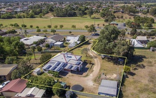 7 Bailey Close, Singleton NSW 2330