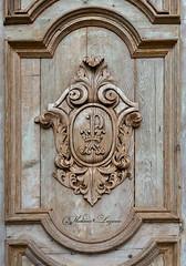SAX_9745 (Vladimir Lazarov) Tags: detail emblem wood