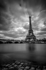Port Debilly (glank27) Tags: seine river eiffel tower paris france europe blackwhite karl glanville eos 5d mkiv ef 1635mm f4l haida nd filter 10 stop sky long exposure 30second city bridge pont diena port debilly