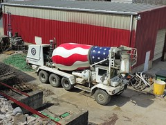 Terex FD4000 redi-mix truck (Proto-photos) Tags: terex fd400 redimix concrete cement factory plant industry industrial mixer truck vehicle diesel patriotic redwhiteandblue corrugated building complex facility construction triaxle connellsville pennsylvania fayettecounty