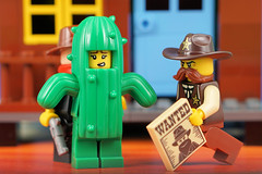 Talking Cactus: Worst Bandit Hideout (Lesgo LEGO Foto!) Tags: lego minifig minifigs minifigure minifigures collectible collectable legophotography omg toy toys legography fun love cute coolminifig collectibleminifigures collectableminifigureseries18 series18 series 18 lego71021 71021 cactusgirl cactus girl sheriff chief cowboy bandit hideout bandithideout western westworld westwestworld westerncowboys cowboys bandits