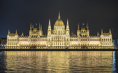 Budapest Royal Palace - Night (Simon Hubbert) Tags: budapest panasonic g80 g85 lumix 1260mm photography photo travel traveling travelling adventure wander backpacking journey tourist europe clouds sky hdr cloud nature landscape architecture building royal palace night evening winter river