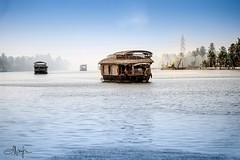"""When the spirit shines, even FOGGY skies make pleasant LIGHT. (:::. Mänju .:::) Tags: keralatourism mistymorning godsowncountry kerala houseboat"