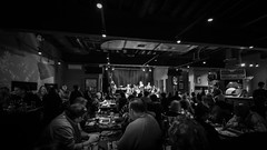 Full House (tim.perdue) Tags: full house standing room only such sweet thunder band natalies coal fired pizza live music worthington ohio columbus north high street jazz ensemble duke ellington billy strayhorn club restaurant bar black white bw monochrome wide angle nikon d7200 nikkor 1020mm