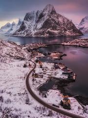 Reine.jpg (Caramad) Tags: light norway artico reine seascape landscape longexposure sea montaña snow lofoten agua winter nieve