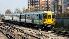 455822 (JOHN BRACE) Tags: 1982 brel york built class 455 emu 455822 seen east croydon station southern livery
