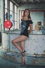 Laure (www.michelconrad.fr) Tags: bleu rouge canon eos6d eos 6d ef24105mmf4lisusm 24105mm 24105 femme modele portrait studio noir lingerie pose grafiti murs ancien batiment fenetre blanc usine tshirt