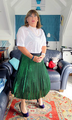 Green skirt (Trixy Deans) Tags: crossdresser cd cute crossdressing crossdress classy classic corset skirts bodycon tgirl tv transgendered transsexual trixydeans tgirls sexytransvestite sexyheels sexyblonde hot