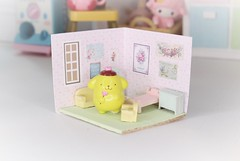 Pippin's New Friend #6 (Arthoniel) Tags: pippin crobidoll lami pink resin bunny rabbit bjd balljointeddoll pompompurin pompom diorama roombox ooak tiny collection rement megahouse colection nereapozo keera dollhouse toyshop cute figure doll